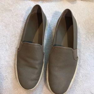 Slippers Vince kaki color